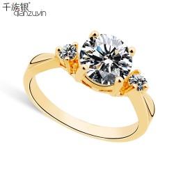 千族银 银饰品牌  1克拉仿真钻石情侣对戒 水晶结婚戒指 OL时尚微镶锆石真金指环 Q029