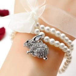 流行饰品 可爱满钻兔子吊坠 珍珠手链 送女友礼物 1157