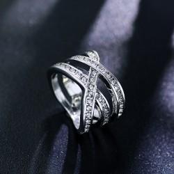 2018年流行饰品 日韩版时尚饰品配饰条纹镶钻戒指指环女礼物 2577