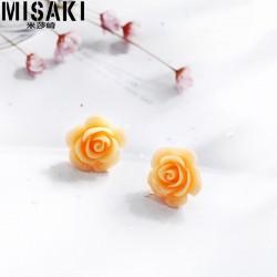 MISAKI 树脂玫瑰花耳钉 韩国创意新品简约耳配饰 日常百搭个性 女 M037