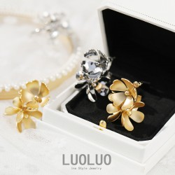 LUOLUO 欧美夸张复古奢华荼蘼之花 高级感设计S925银针耳钉女 L009-100